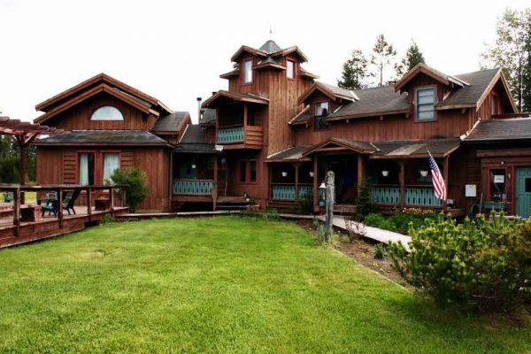 alaska-home-lodge1-1024x686